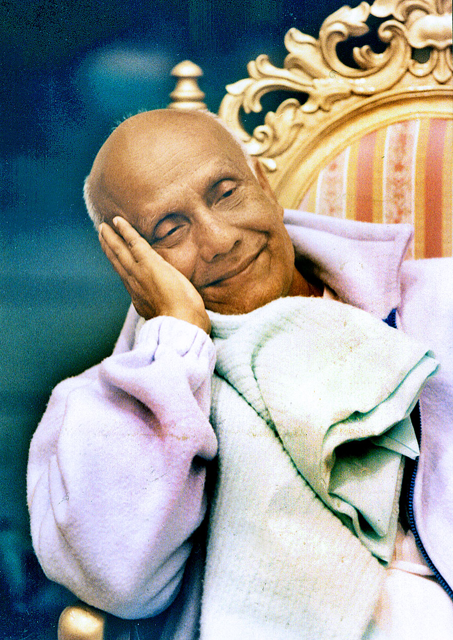 Smile-Sri-Chinmoy-Chair
