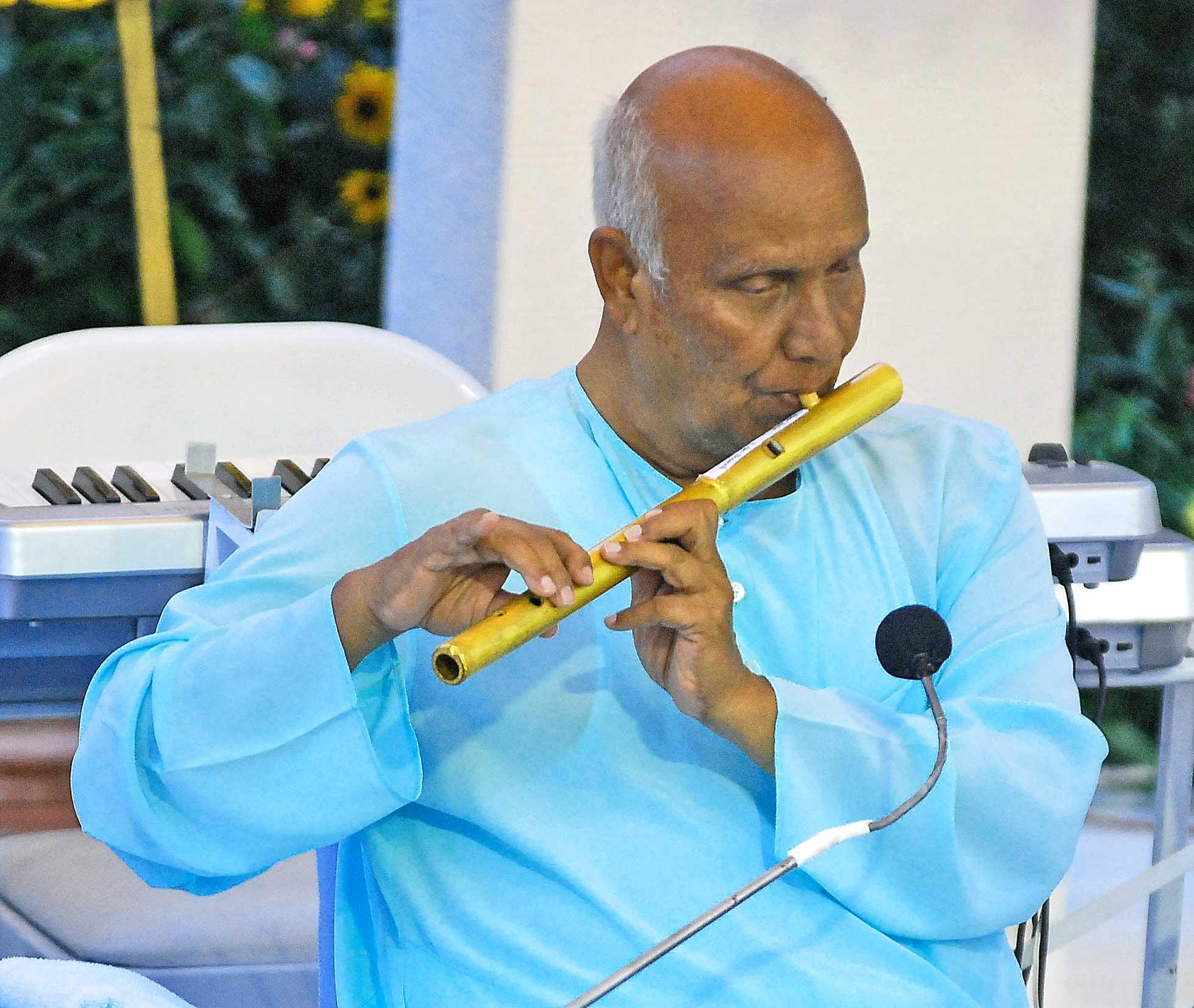flute--sri-chinmoy