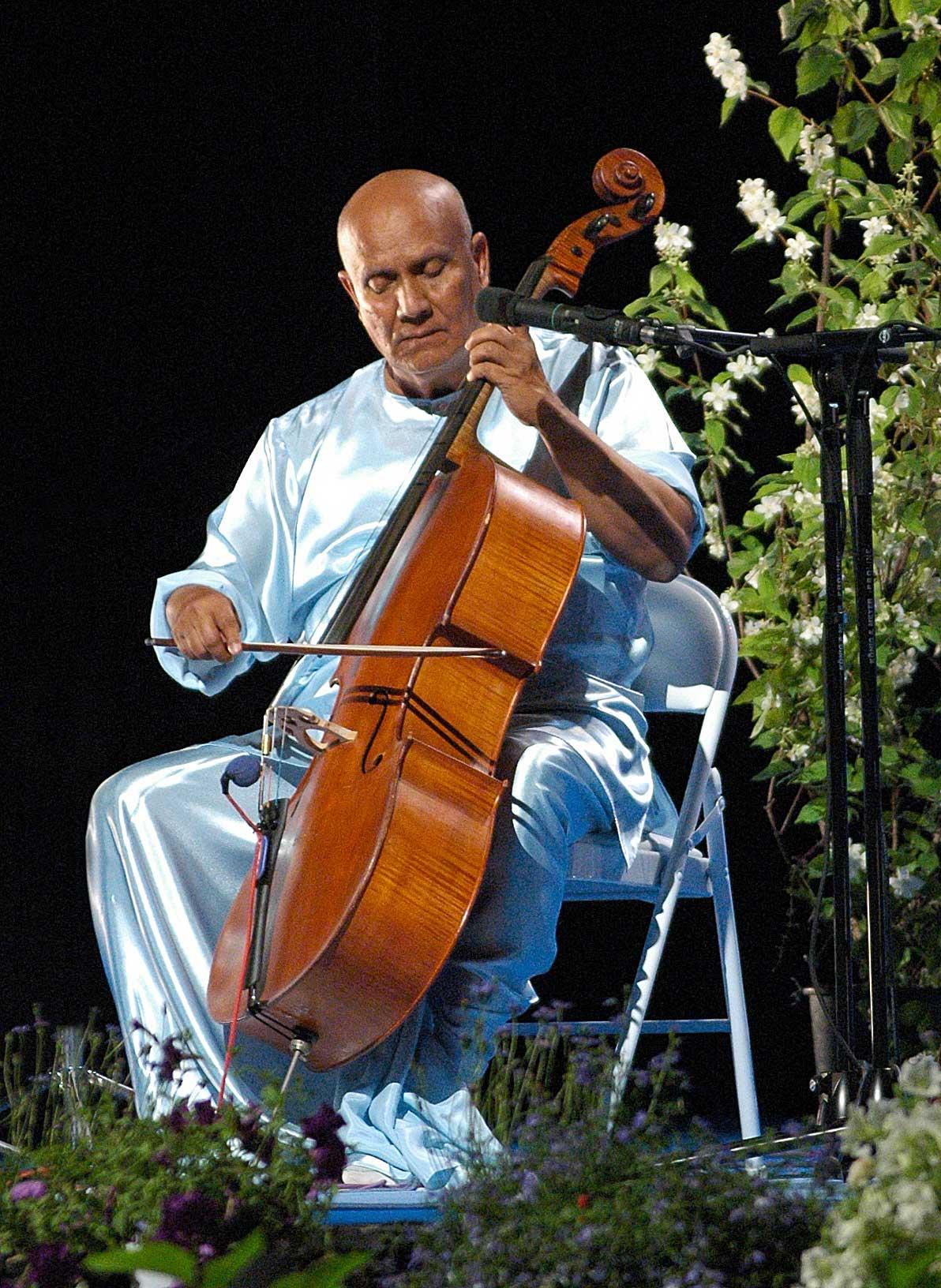 Cello1-sri-chinmoy