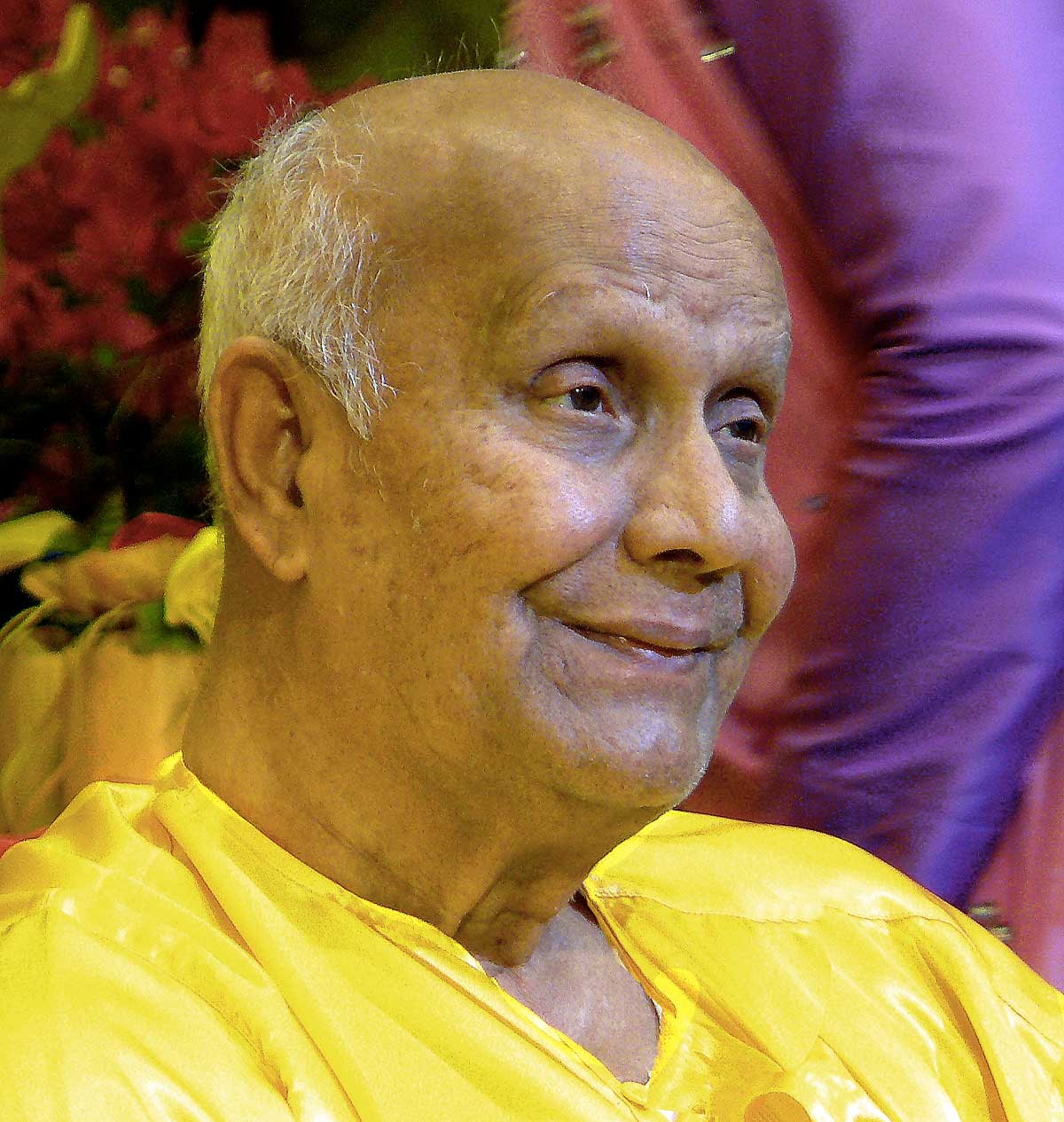 med100-sri-chinmoy
