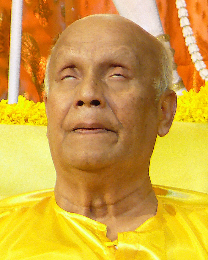 high-meditation-sri-chinmoy2
