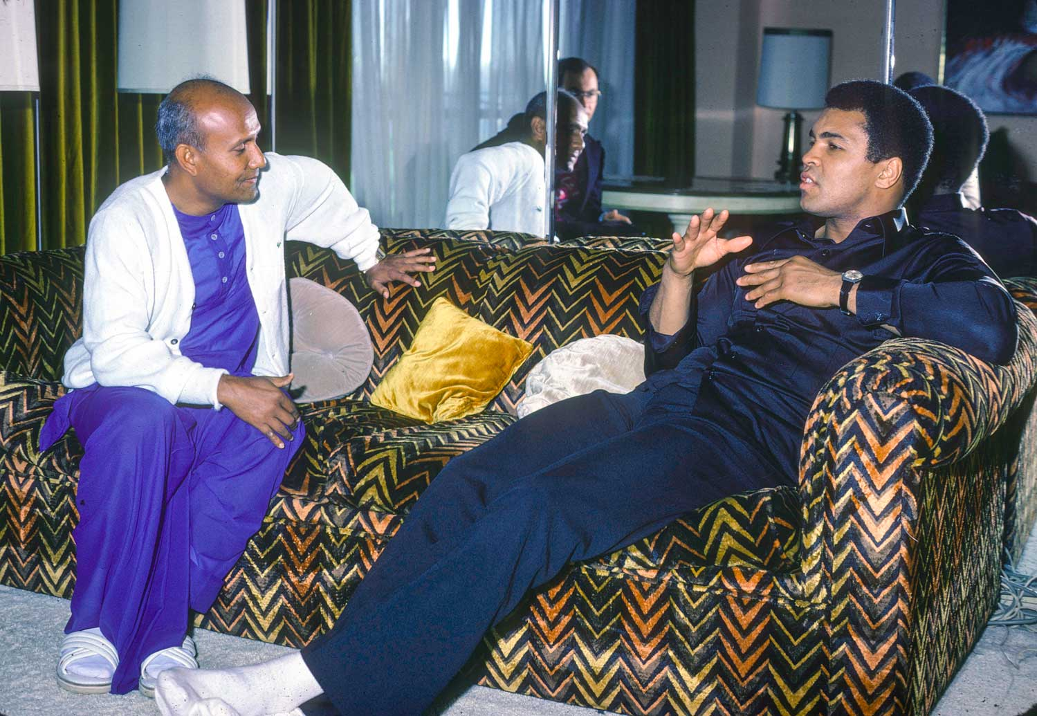 Sri-Chinmoy-Muhammad-Ali