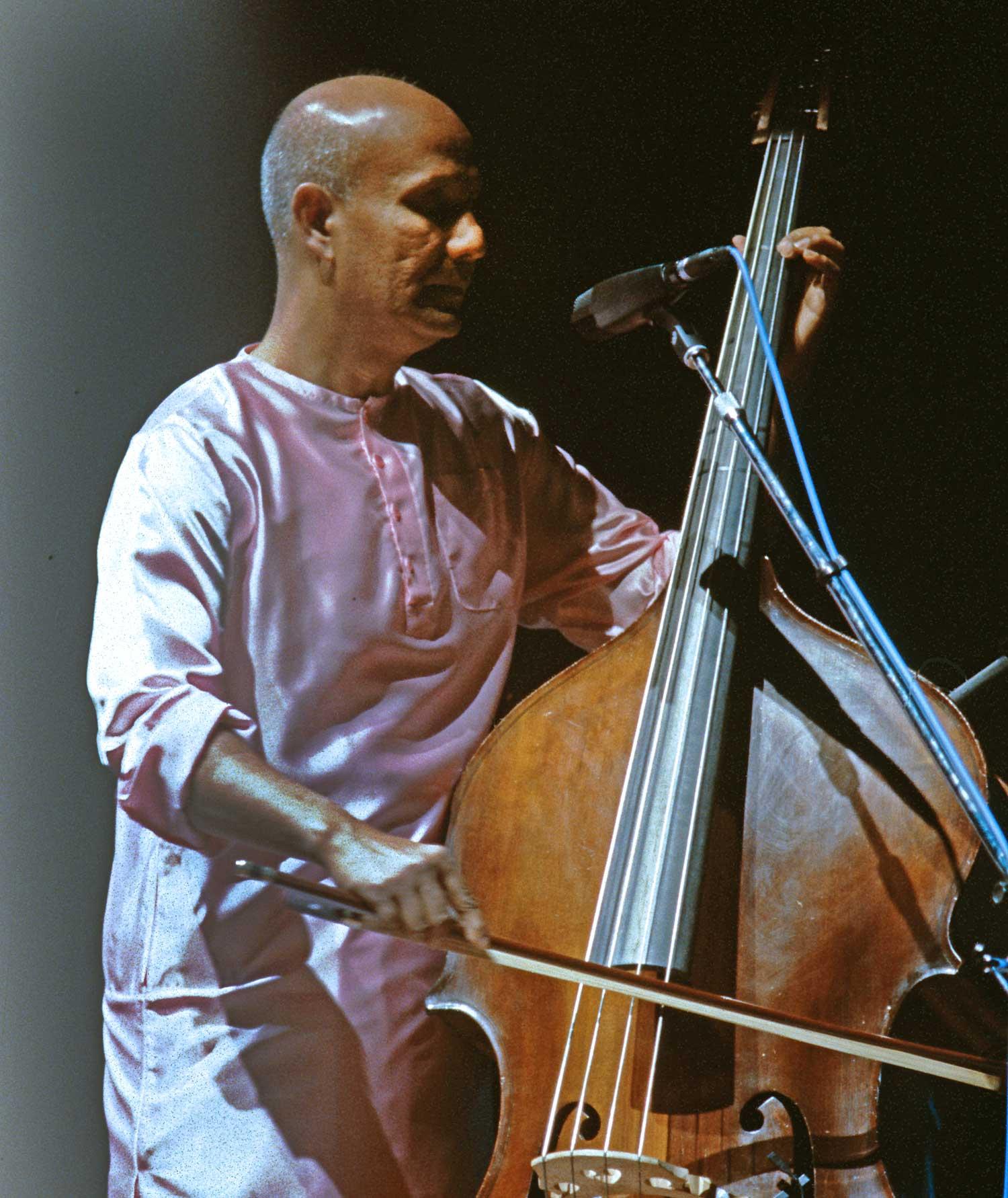 cello-sri-chinmoy